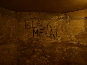 640px-Black_metal_-_graffity_in_euronymous'_basement